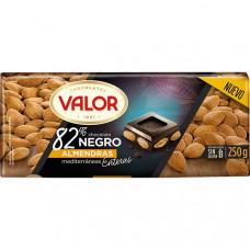 Шоколад экстра черный 82% какао с миндалем (Валор) 0,250 кг